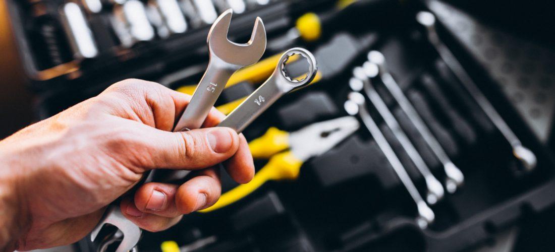 Co powinno znaleźć się w każdej skrzynce z narzędziami?